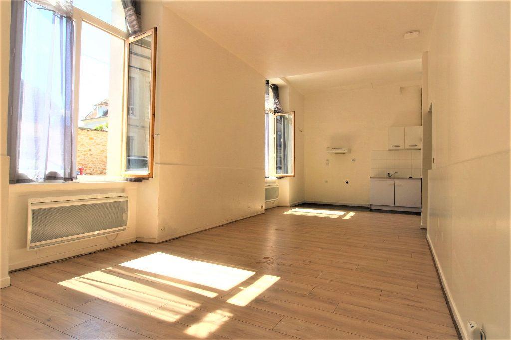 Appartement à vendre 3 57.8m2 à Rozay-en-Brie vignette-2