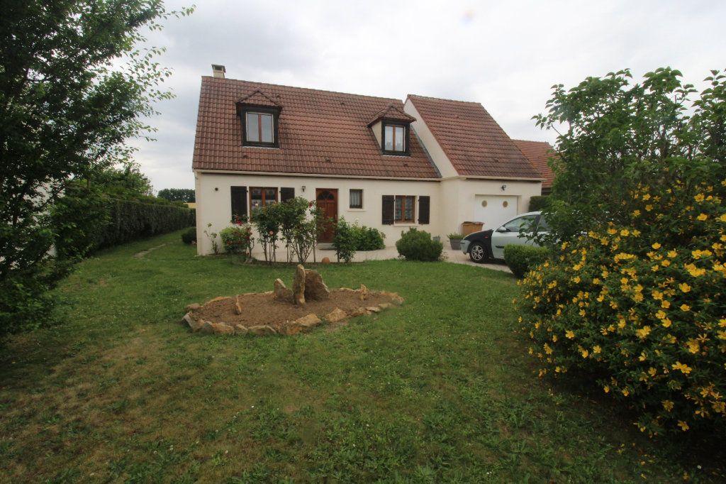 Maison à vendre 6 105m2 à Rozay-en-Brie vignette-1