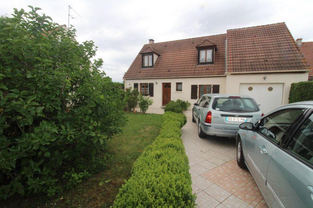Maison à vendre 6 105m2 à Rozay-en-Brie vignette-2
