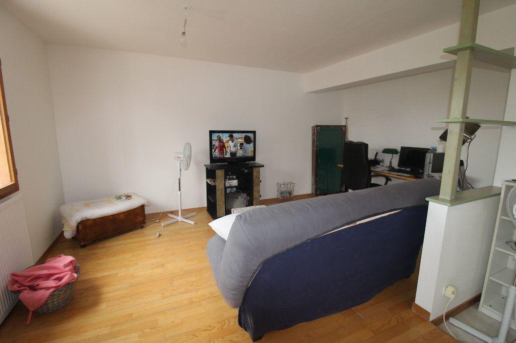 Maison à vendre 6 105m2 à Rozay-en-Brie vignette-5