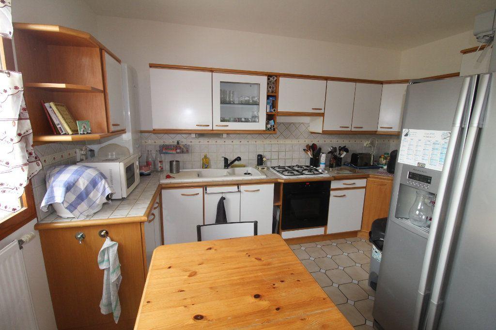 Maison à vendre 6 105m2 à Rozay-en-Brie vignette-6