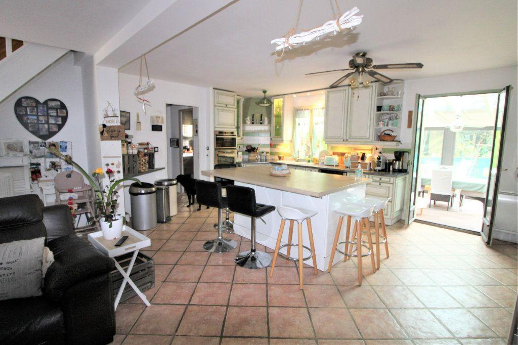 Maison à vendre 8 168m2 à Tournan-en-Brie vignette-2