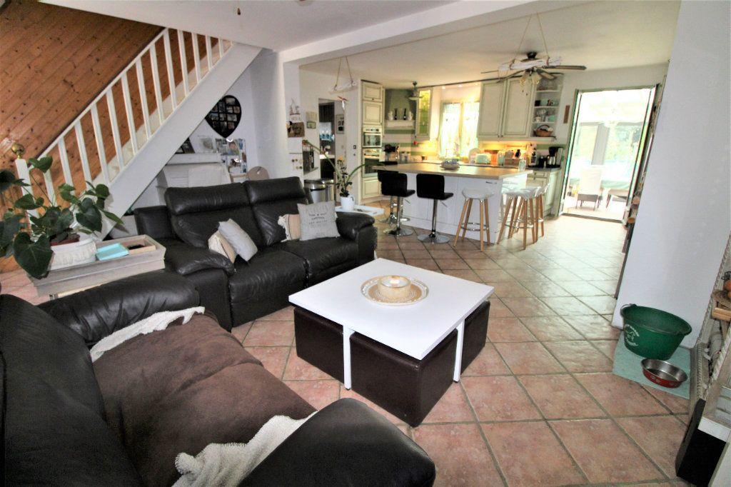 Maison à vendre 8 168m2 à Tournan-en-Brie vignette-3