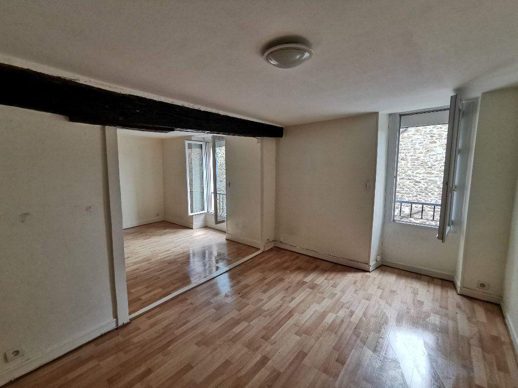 Appartement à louer 2 65.18m2 à Chaumes-en-Brie vignette-1