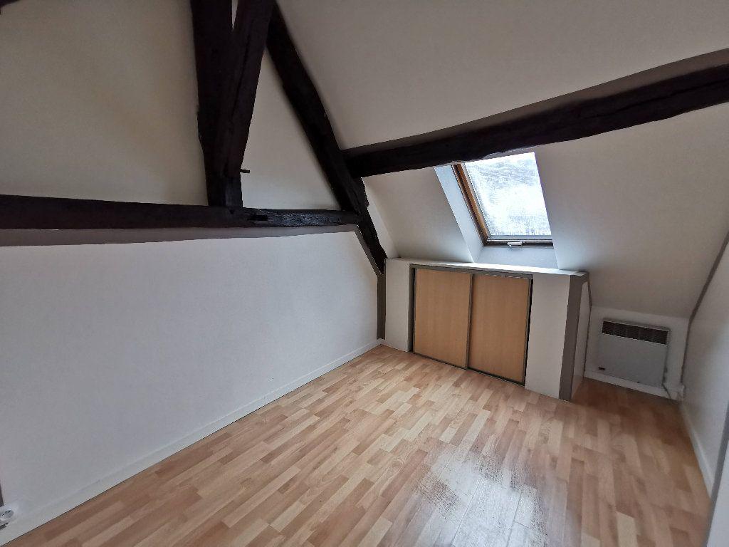 Appartement à louer 2 65.18m2 à Chaumes-en-Brie vignette-3