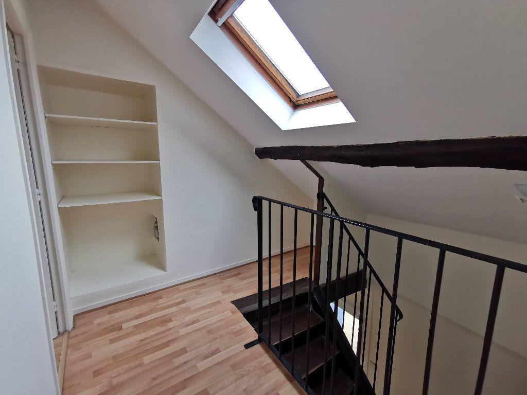 Appartement à louer 2 65.18m2 à Chaumes-en-Brie vignette-4