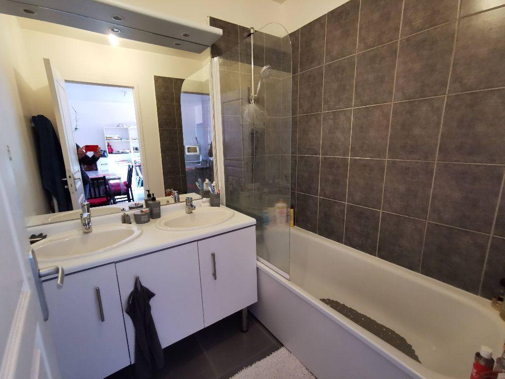 Appartement à louer 3 60m2 à Rozay-en-Brie vignette-3