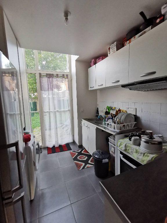 Appartement à louer 3 60m2 à Rozay-en-Brie vignette-5