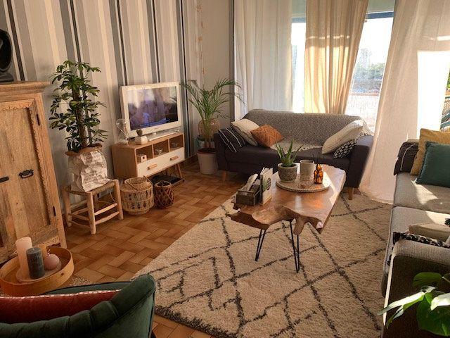 Appartement à louer 3 57m2 à Mauguio vignette-2