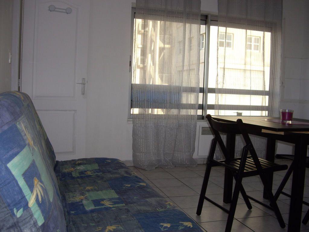 Appartement à louer 2 28m2 à Lattes vignette-4
