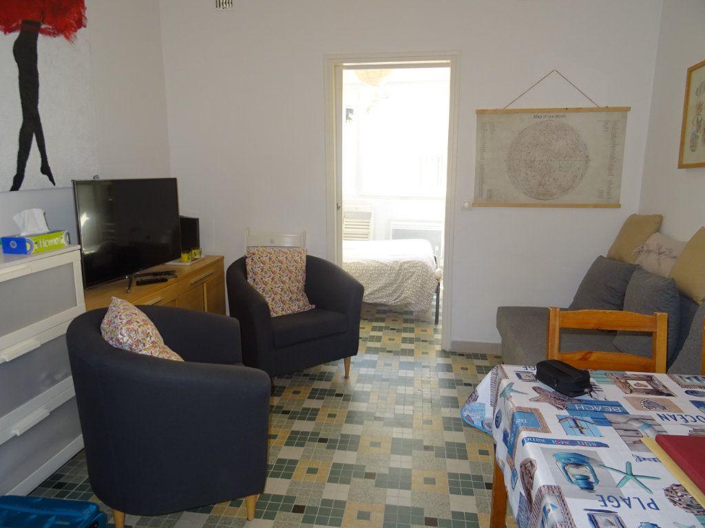Appartement à louer 2 30m2 à Palavas-les-Flots vignette-6