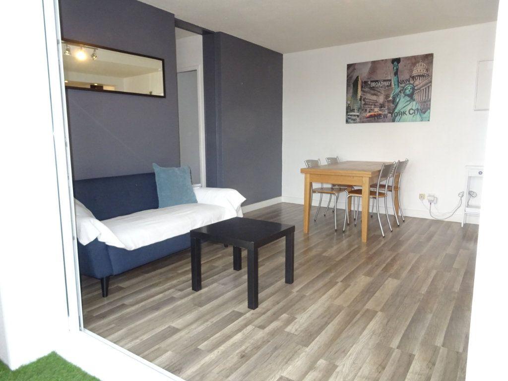 Appartement à louer 3 51m2 à Palavas-les-Flots vignette-6
