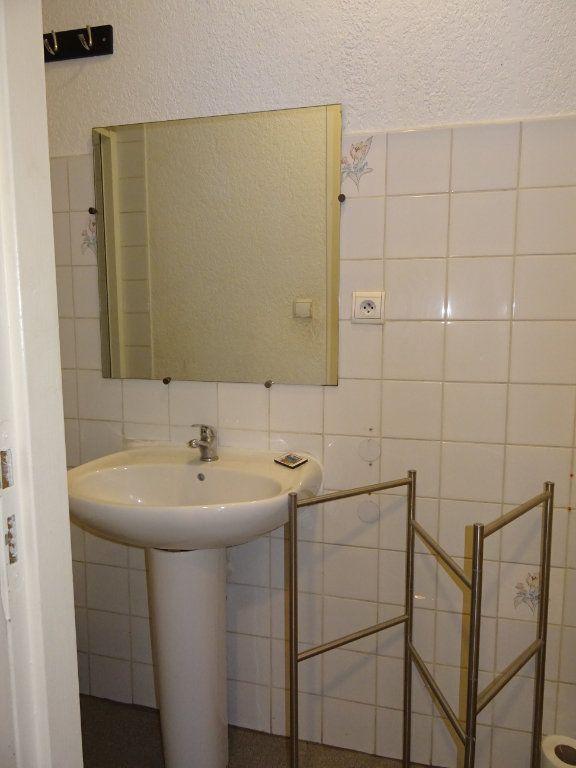 Appartement à louer 2 27m2 à Montpellier vignette-3