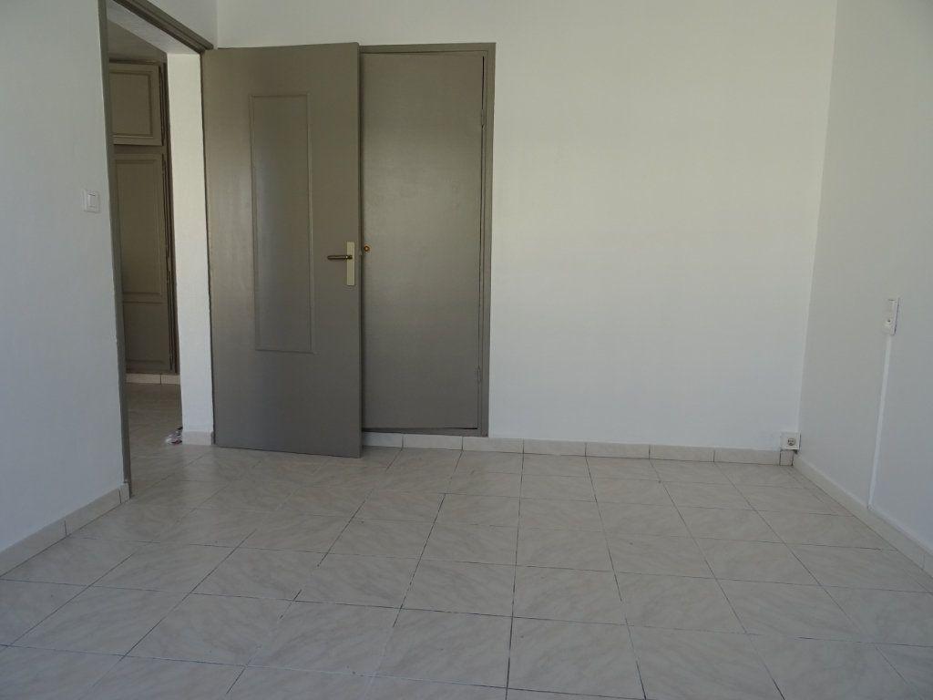 Appartement à louer 3 45m2 à Palavas-les-Flots vignette-6