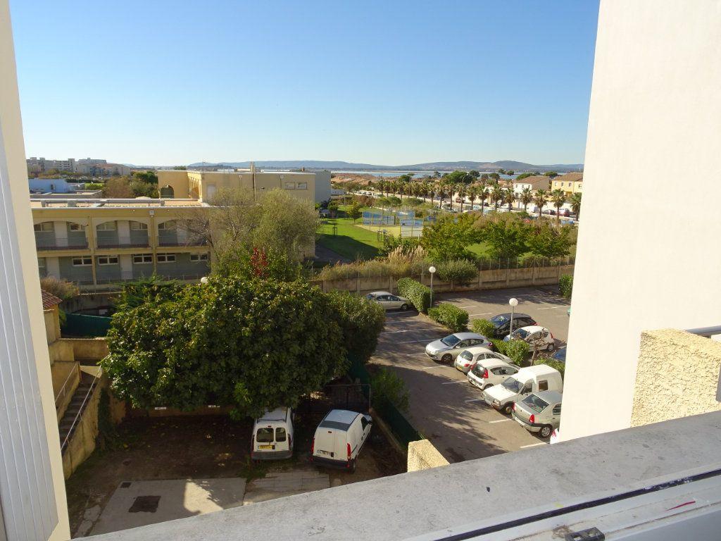 Appartement à louer 3 45m2 à Palavas-les-Flots vignette-8