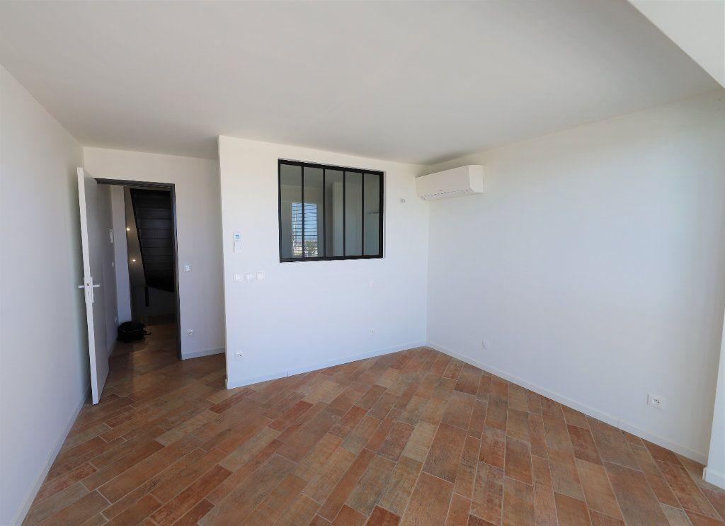 Appartement à louer 3 93m2 à Palavas-les-Flots vignette-6