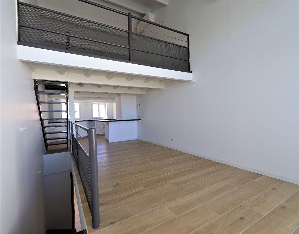 Appartement à louer 3 93m2 à Palavas-les-Flots vignette-9