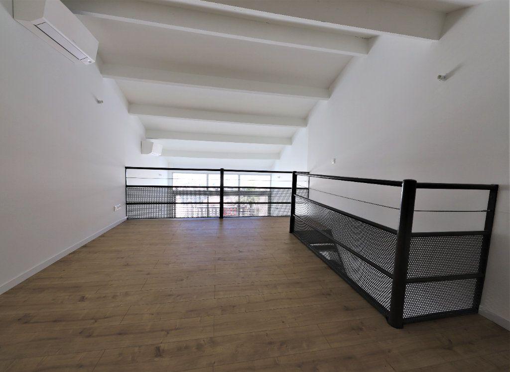 Appartement à louer 3 93m2 à Palavas-les-Flots vignette-11