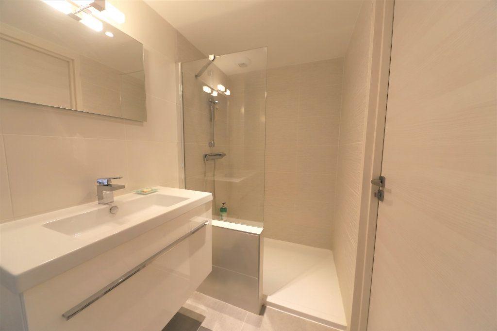 Appartement à vendre 4 81.3m2 à Palavas-les-Flots vignette-7