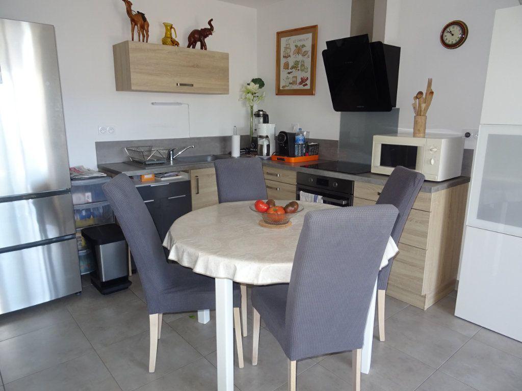 Appartement à louer 3 57m2 à Palavas-les-Flots vignette-6