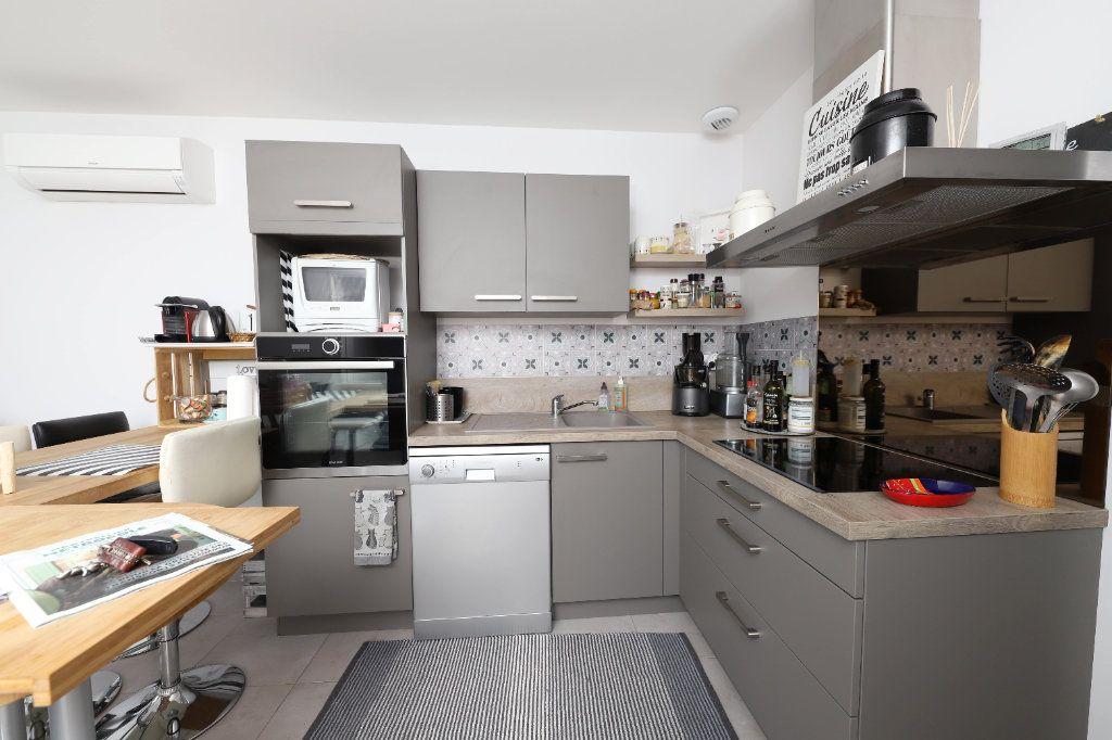 Appartement à louer 3 54m2 à Palavas-les-Flots vignette-3