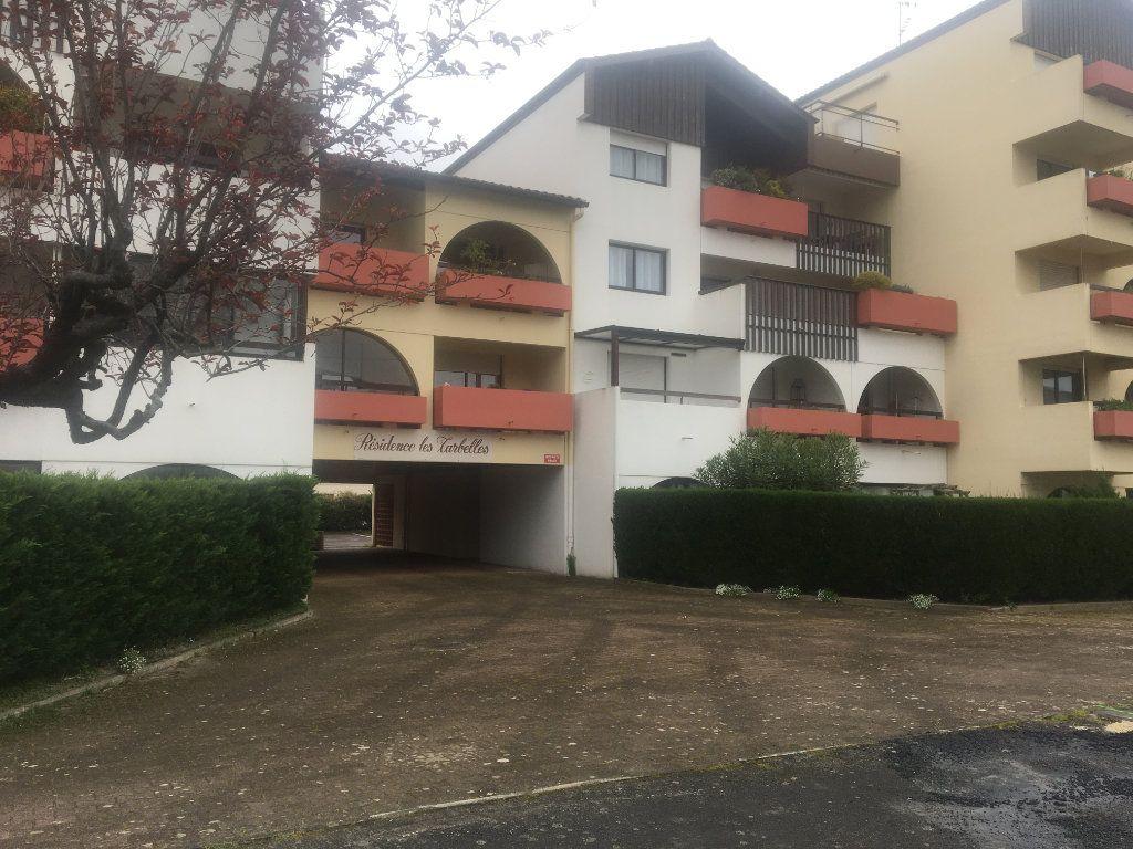 Appartement à louer 1 31m2 à Dax vignette-7