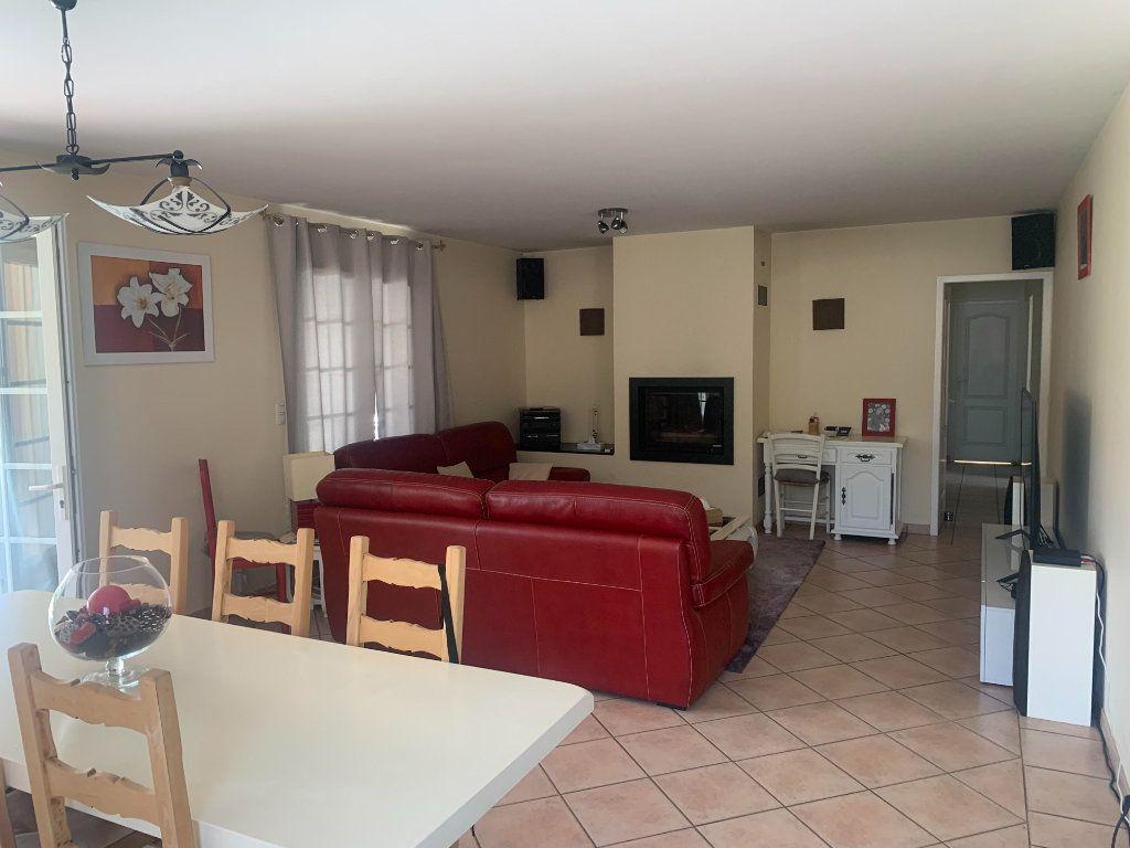 Maison à vendre 6 117m2 à Roquefort vignette-2