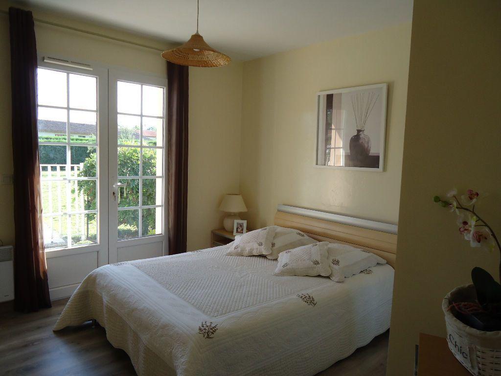 Maison à vendre 6 117m2 à Roquefort vignette-5