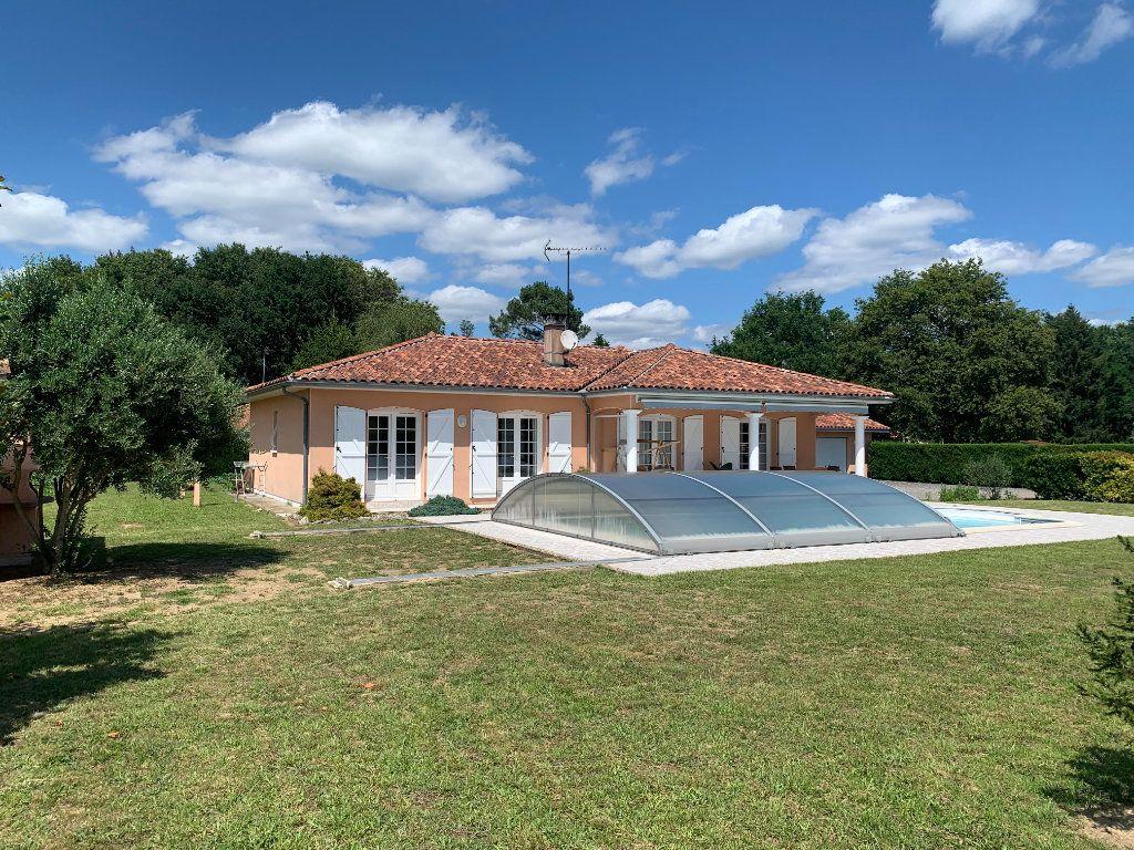Maison à vendre 6 117m2 à Roquefort vignette-9