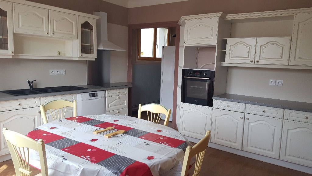 Appartement à louer 3 120m2 à Roquefort vignette-1