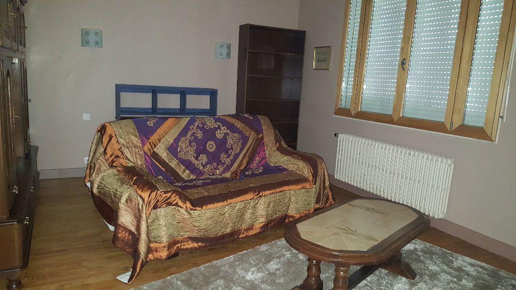 Appartement à louer 3 120m2 à Roquefort vignette-2