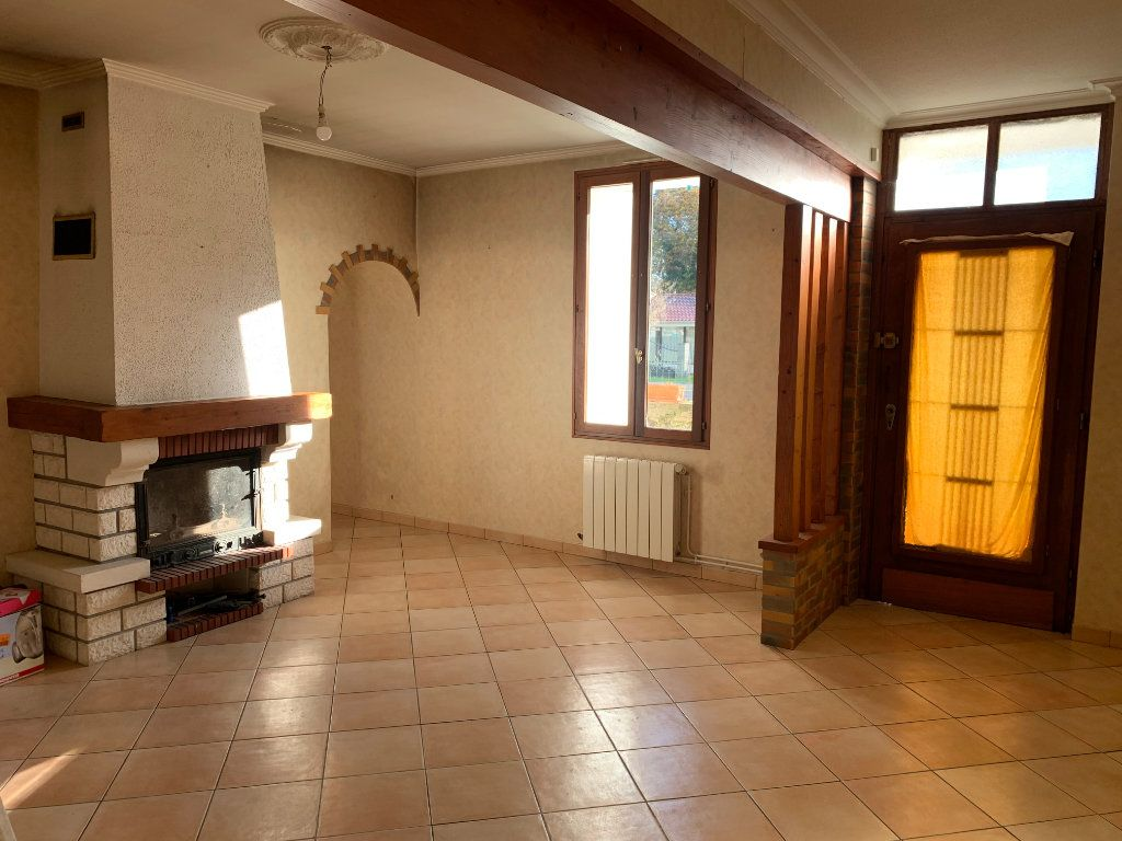 Maison à vendre 7 211m2 à Lucbardez-et-Bargues vignette-2