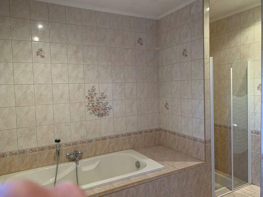 Maison à vendre 7 211m2 à Lucbardez-et-Bargues vignette-5
