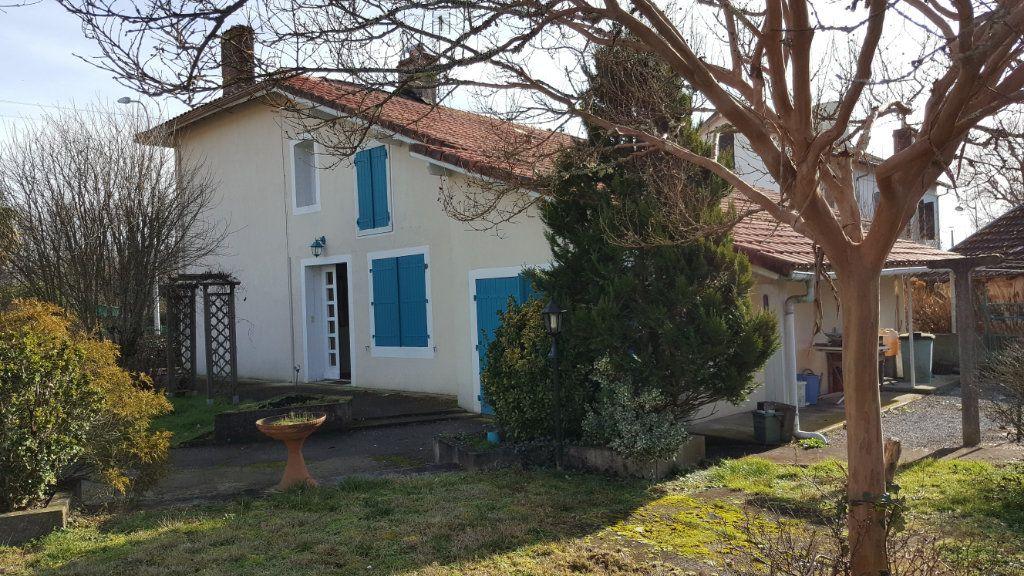 Maison à vendre 7 211m2 à Lucbardez-et-Bargues vignette-9