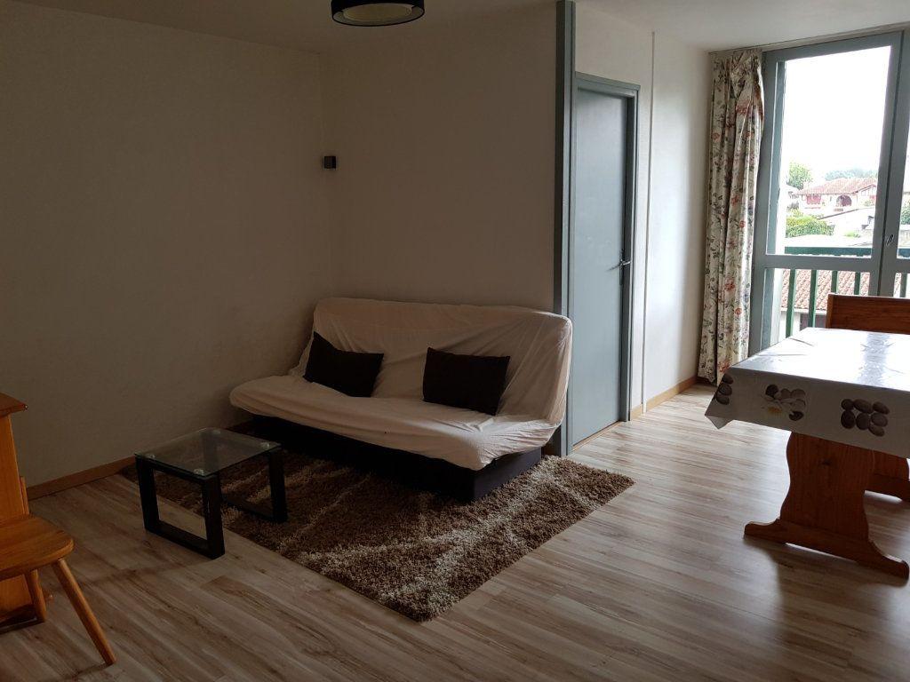 Appartement à louer 1 30m2 à Mont-de-Marsan vignette-6