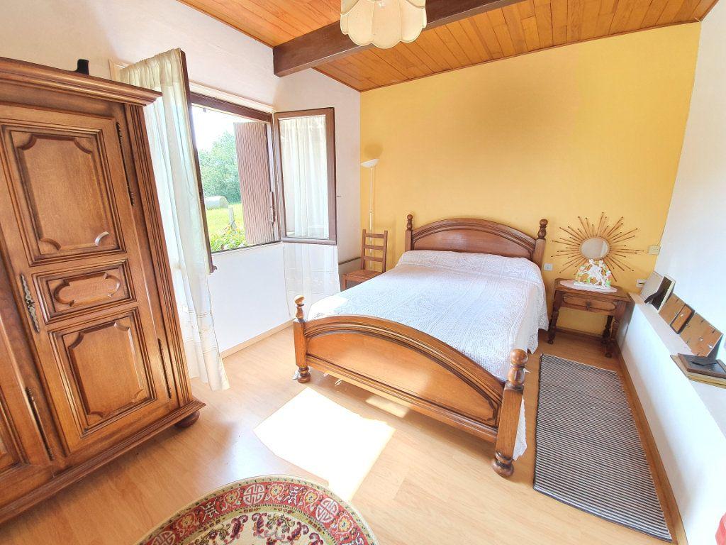 Maison à vendre 5 142m2 à Castelnau-d'Auzan vignette-5