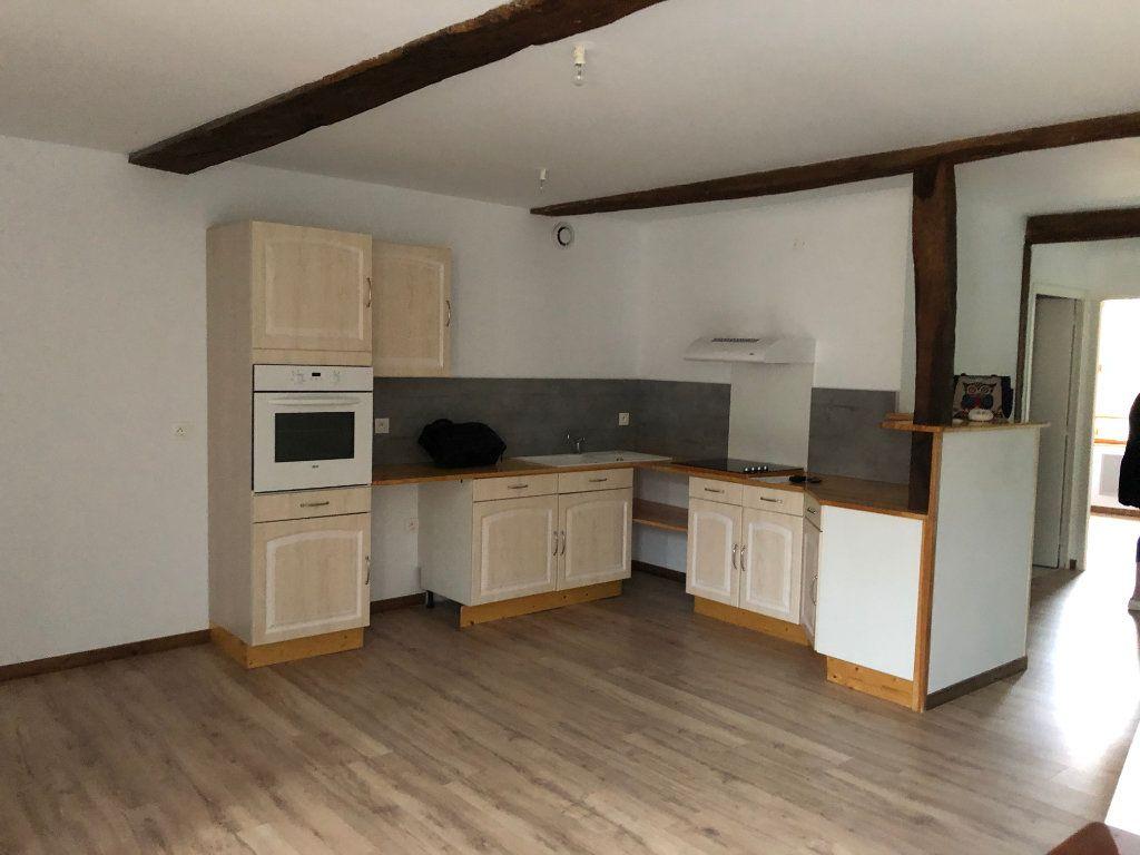 Appartement à louer 3 56.33m2 à Estang vignette-1
