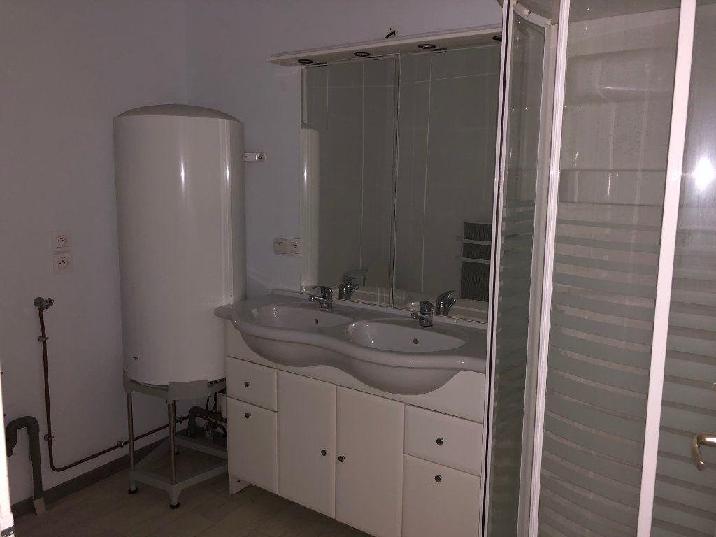 Appartement à louer 3 56.33m2 à Estang vignette-3