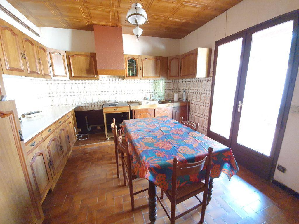 Maison à vendre 5 150m2 à Castelnau-d'Auzan vignette-3