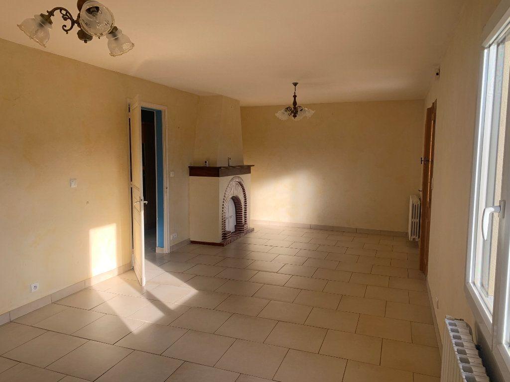Maison à vendre 6 106.77m2 à Sarbazan vignette-2