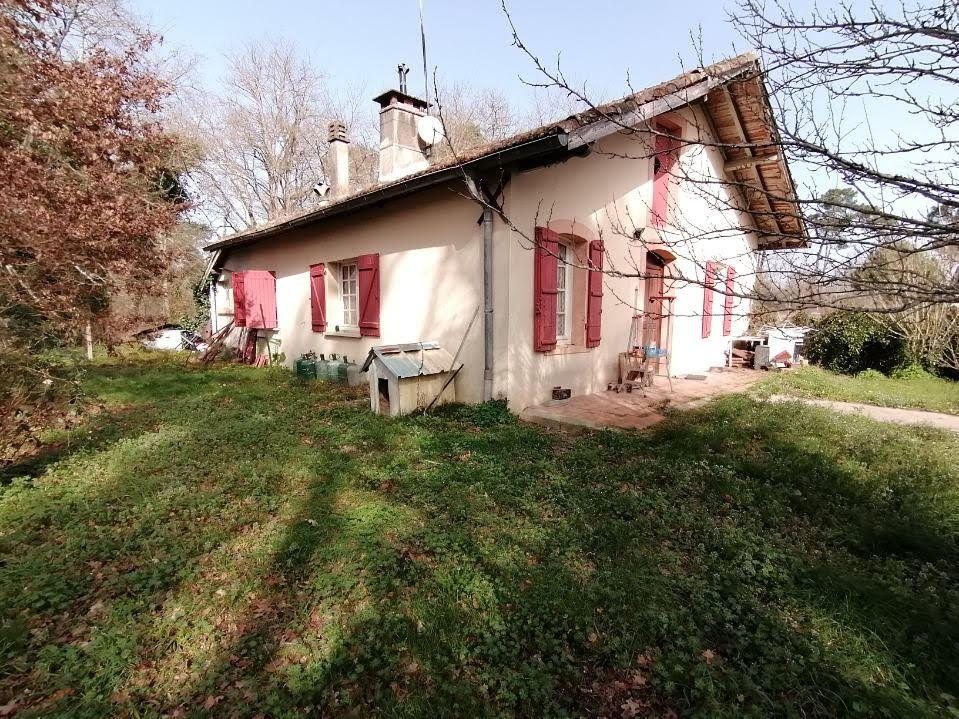 Maison à vendre 4 100m2 à Sainte-Foy vignette-2