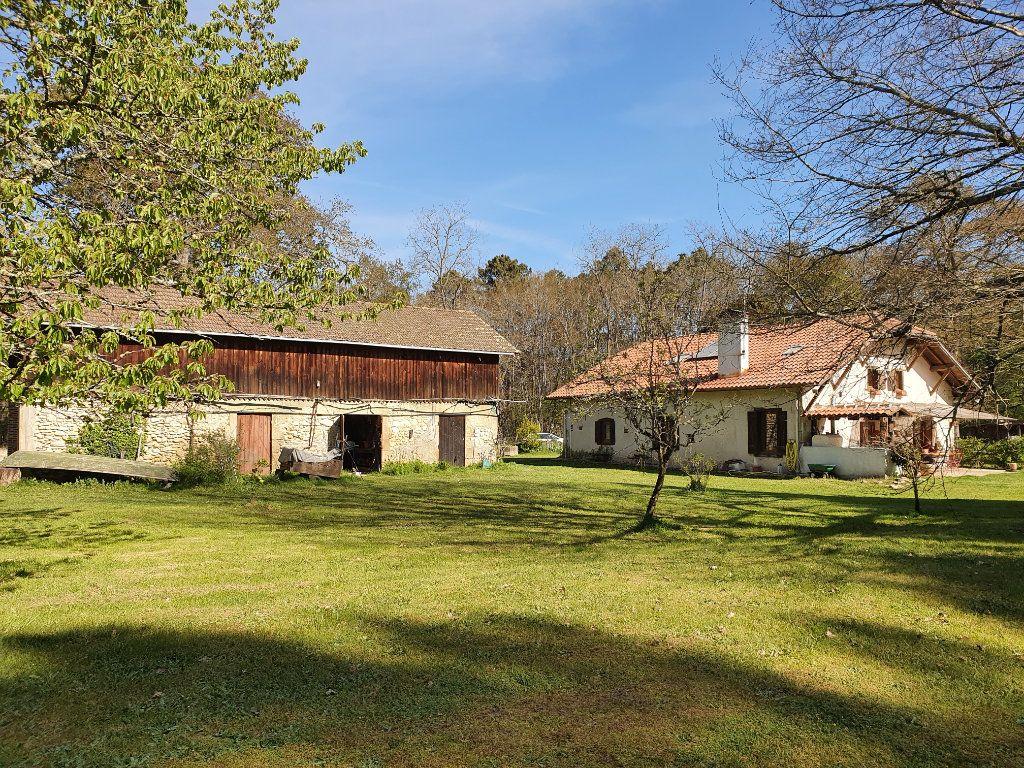 Maison à vendre 5 185m2 à Roquefort vignette-1