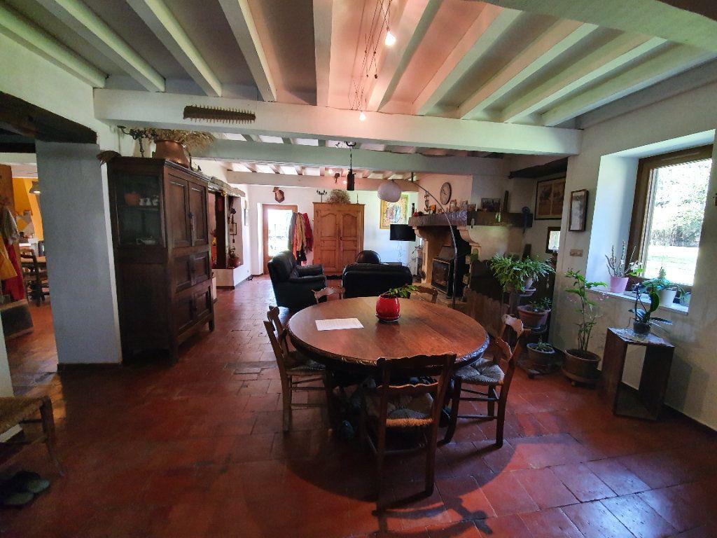 Maison à vendre 5 185m2 à Roquefort vignette-4