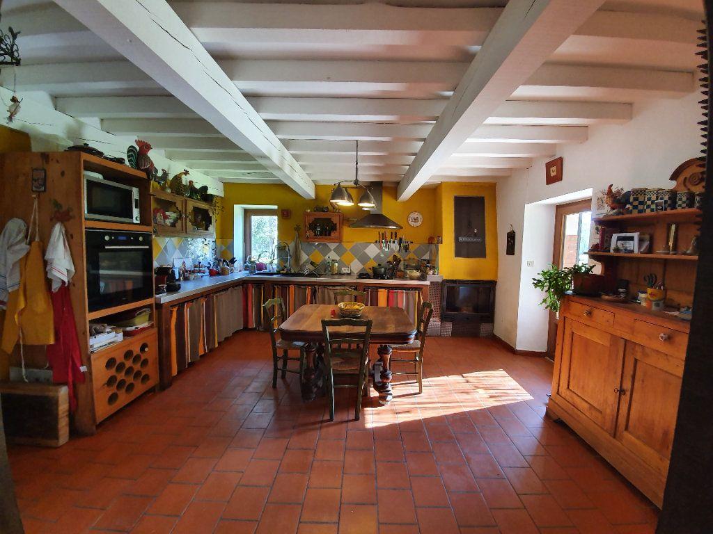 Maison à vendre 5 185m2 à Roquefort vignette-6