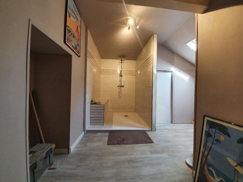 Maison à vendre 5 185m2 à Roquefort vignette-11