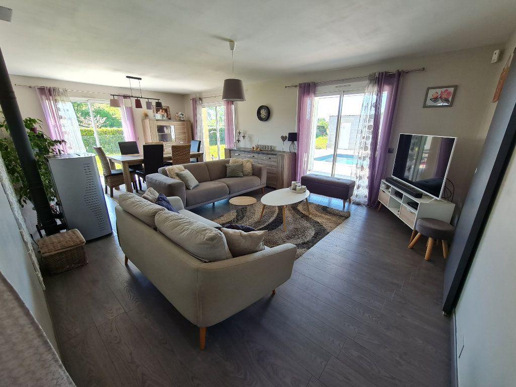 Maison à vendre 6 116.31m2 à Gaillères vignette-6