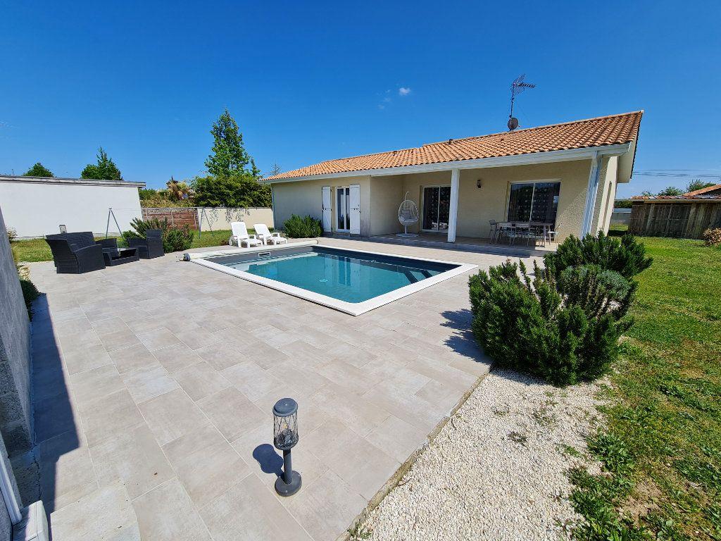 Maison à vendre 6 116.31m2 à Gaillères vignette-18