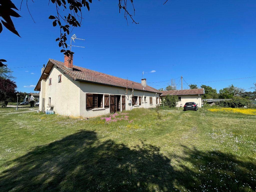 Maison à vendre 10 260m2 à Retjons vignette-1