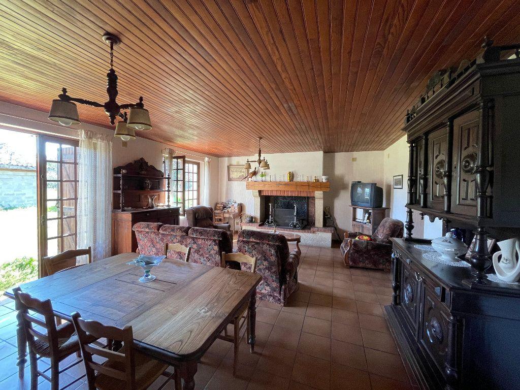Maison à vendre 10 260m2 à Retjons vignette-3