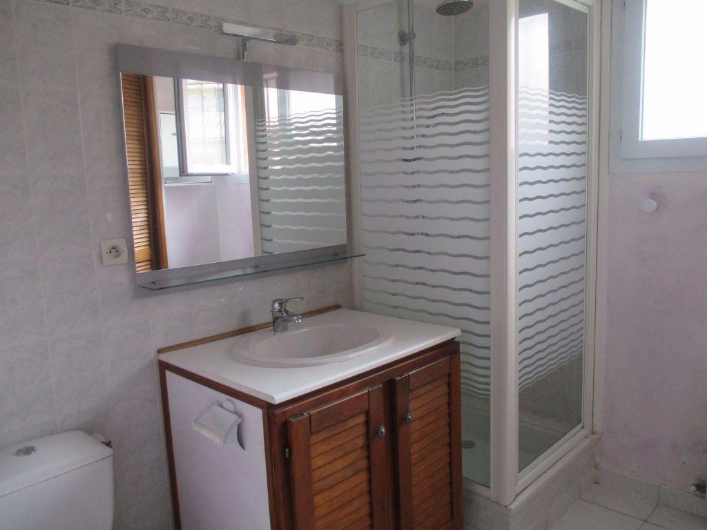 Appartement à louer 2 44m2 à Ollioules vignette-5